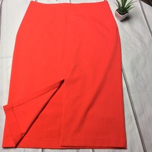 NWT New York & Company Red Pencil Skirt Size 10❤️